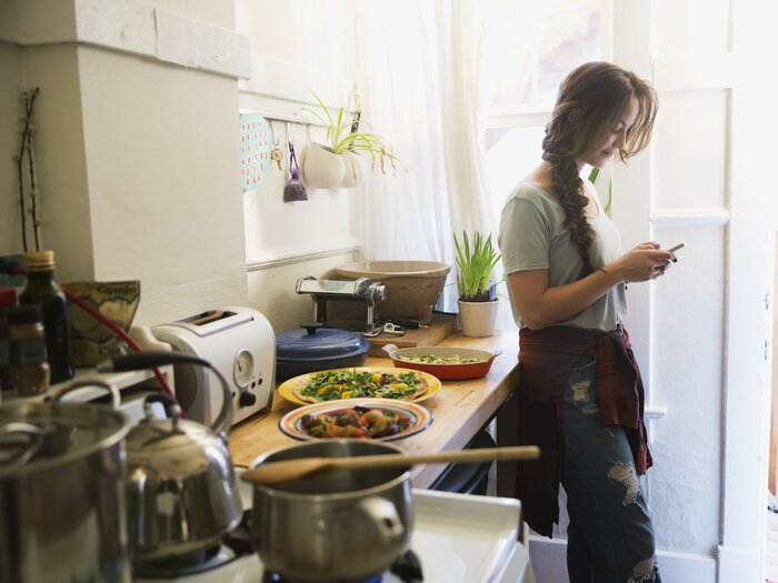College Student Creates Home-Cooked Meal App After Tiring of Pizza ...