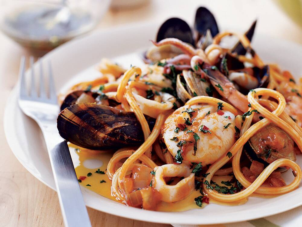 Seafood pasta with tuscan hot oil recipe rolando beramendi food seafood pasta with tuscan hot oil forumfinder Images