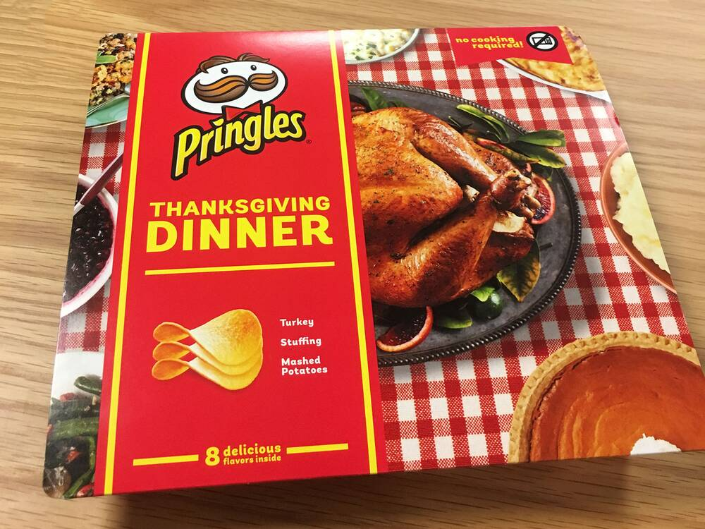 we tasted pringles limited edition thanksgiving dinner the entire