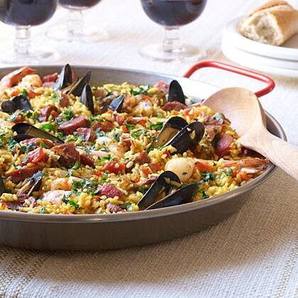 Traditional spanish paella recipe myrecipes forumfinder Choice Image