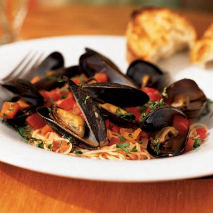 Angel Hair Pasta With Mussels Red Pepper Sauce Recipe Myrecipes