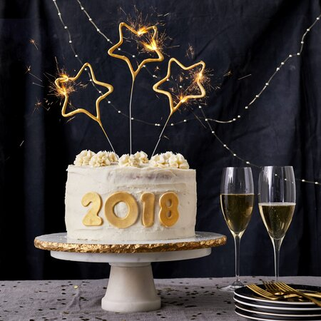 New Years Champagne Cake With Buttercream Image