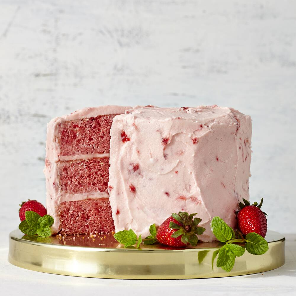 strawberry cake with strawberry buttercream frosting recipe myrecipes