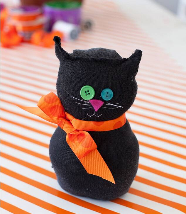 10 Halloween Crafts For Kids Real Simple