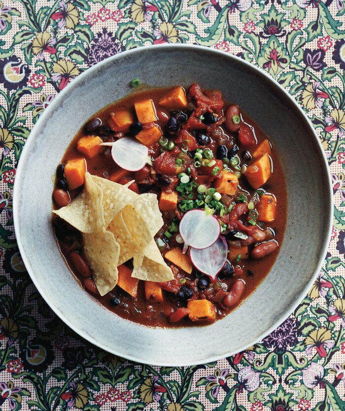 15 vegetarian super bowl recipes real simple slow cooker vegetarian chili with sweet potatoes forumfinder Gallery