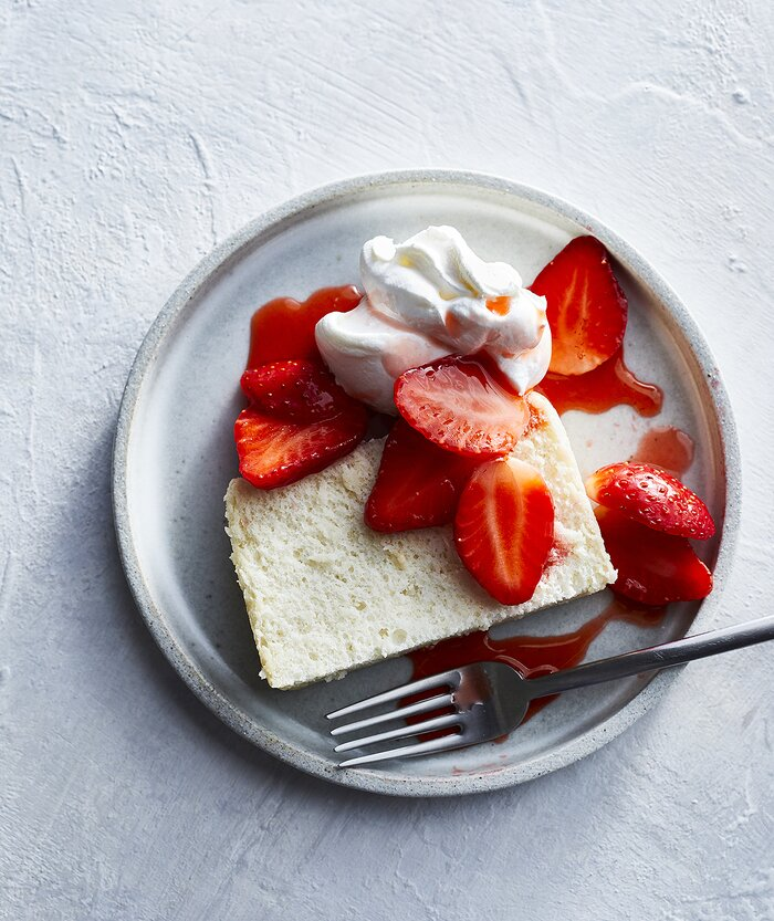 Slow cooker angel food cake recipe real simple slow cooker angel food cake forumfinder Choice Image