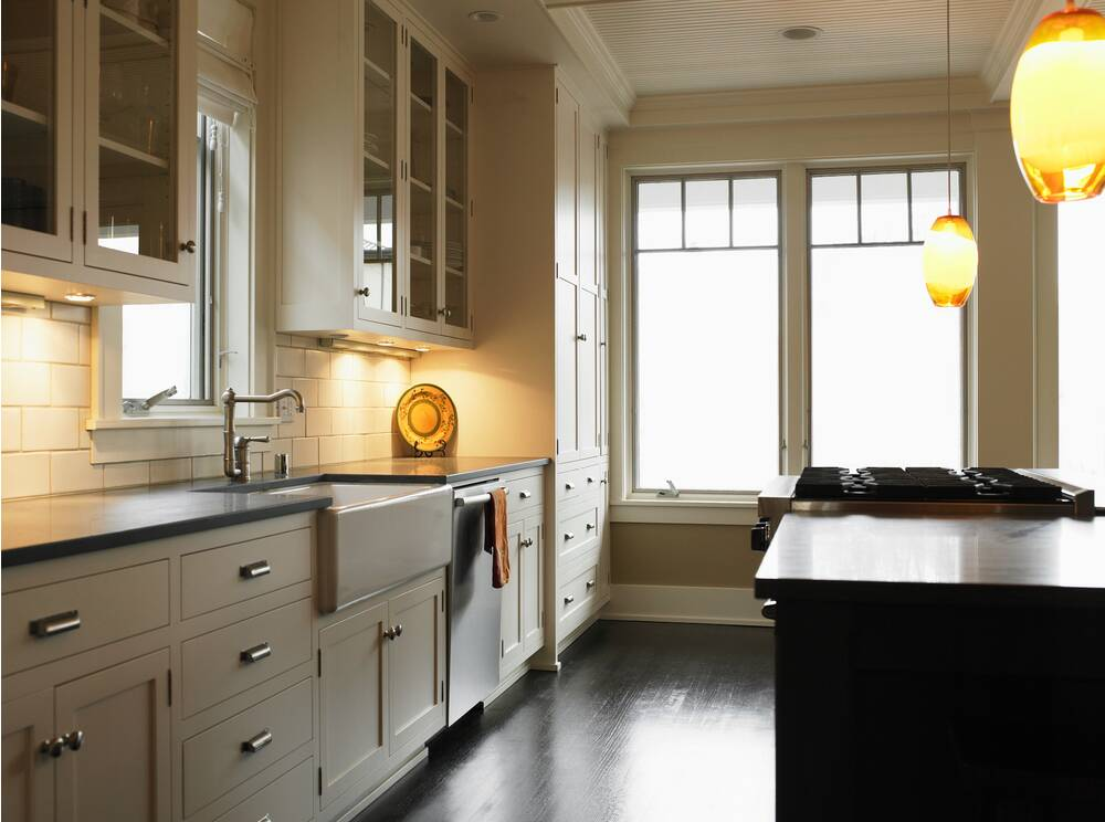 The 25 lighting hack that transformed my kitchen and didnt under cabinet kitchen lighting in beige kitchen ryan aloadofball Images