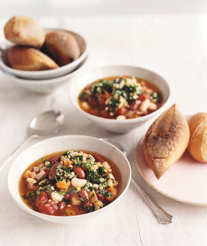 20 easy vegan dinner recipes real simple three bean chili with spring pesto forumfinder Images