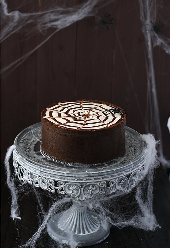 Halloween Cakes That Are Equally Festive and Delicious | Real Simple