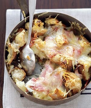 10 delicious recipes for leftover wine real simple drunken cheesy bread forumfinder Choice Image