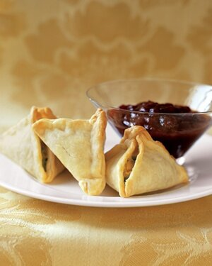 Indian food made easy real simple samosas forumfinder Choice Image