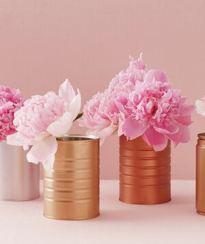 15 minute diy centerpieces real simple centerpiece of pink peonies in spray painted cans solutioingenieria Images