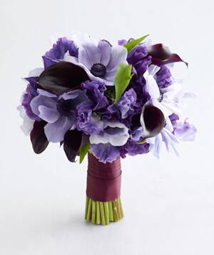 Purple wedding flowers real simple if youve chosen purple as your signature color its time to decide on the shade that youll weave throughout your wedding day details junglespirit Images