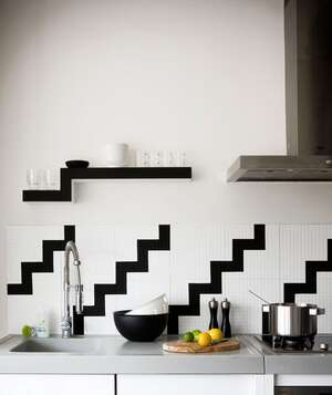 black and white backsplash - Simple Kitchen Decorating Ideas