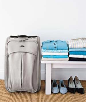 The Best Way To Pack A Suitcase Real Simple - Simple trick changes everything knew packing t shirts just brilliant