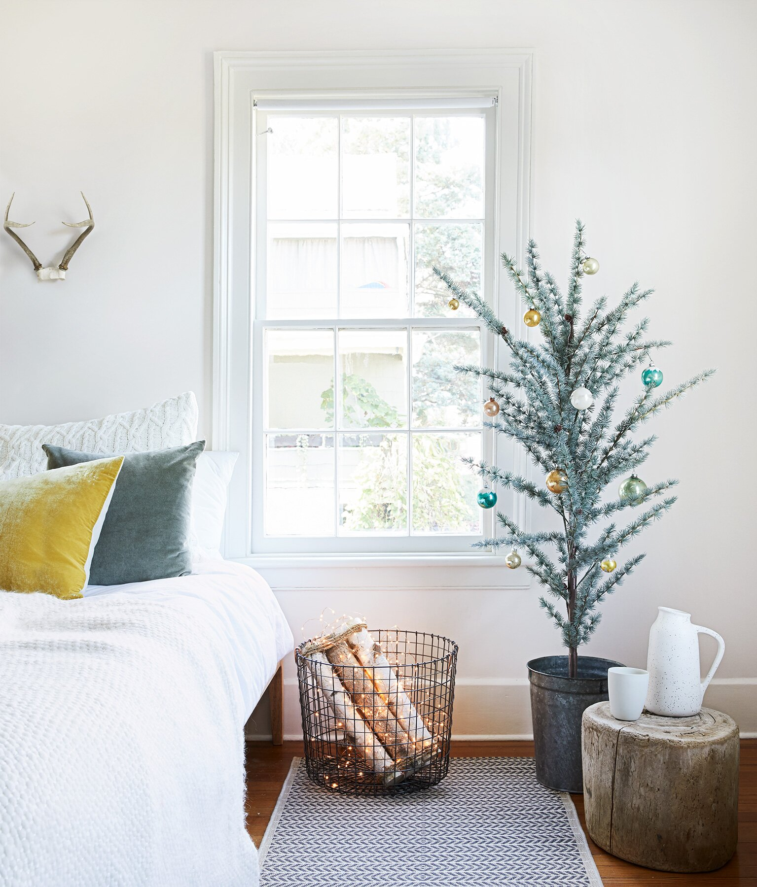 10 alternative christmas trees perfect for small spaces