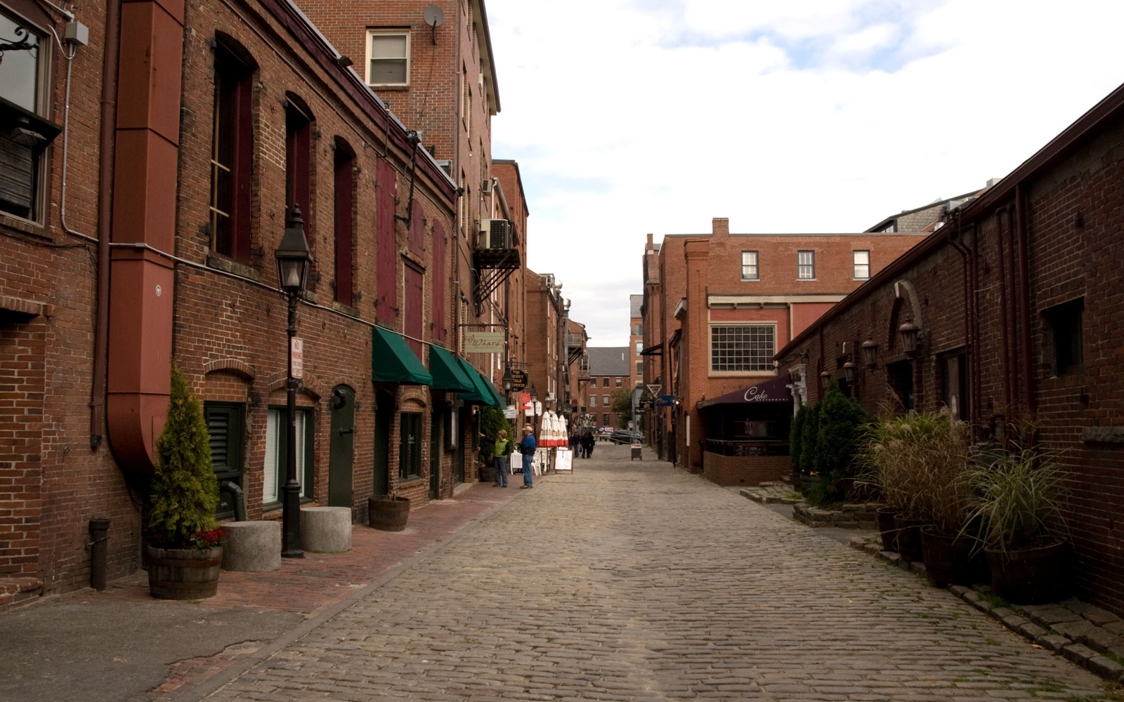 Old Port Shopping District