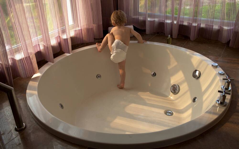 Tips for Bringing a New Baby to a Hotel | Travel + Leisure