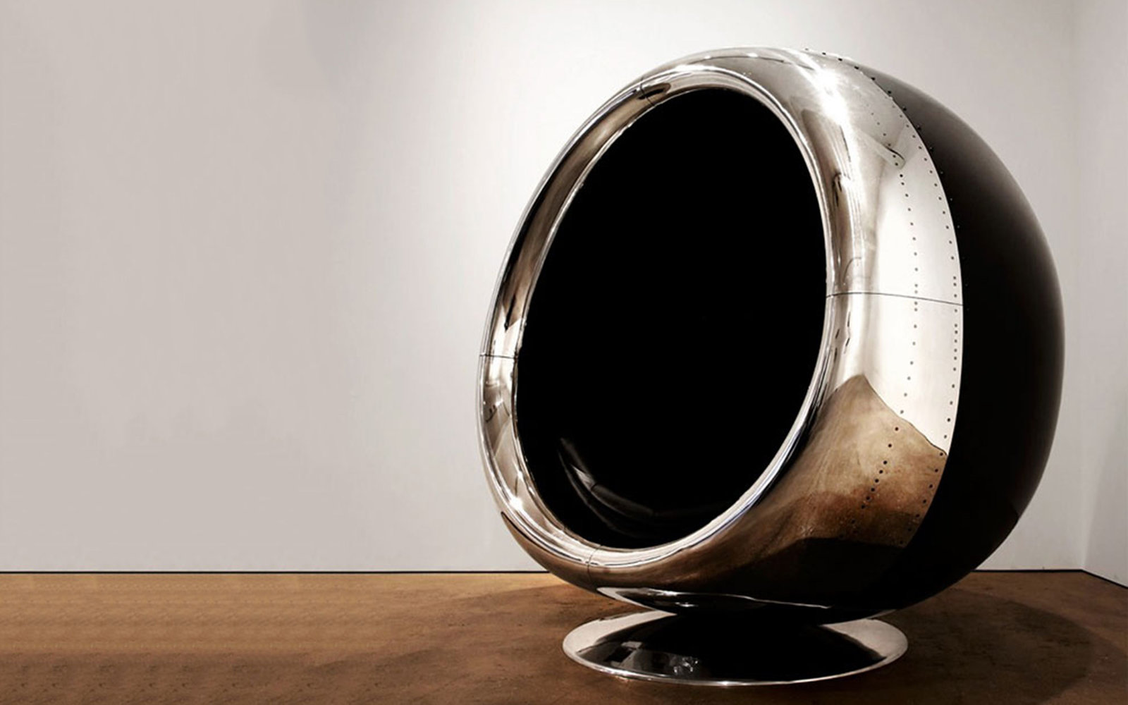 Upcycled Super Comfy Looking Chair Made From An Airplane Cowling