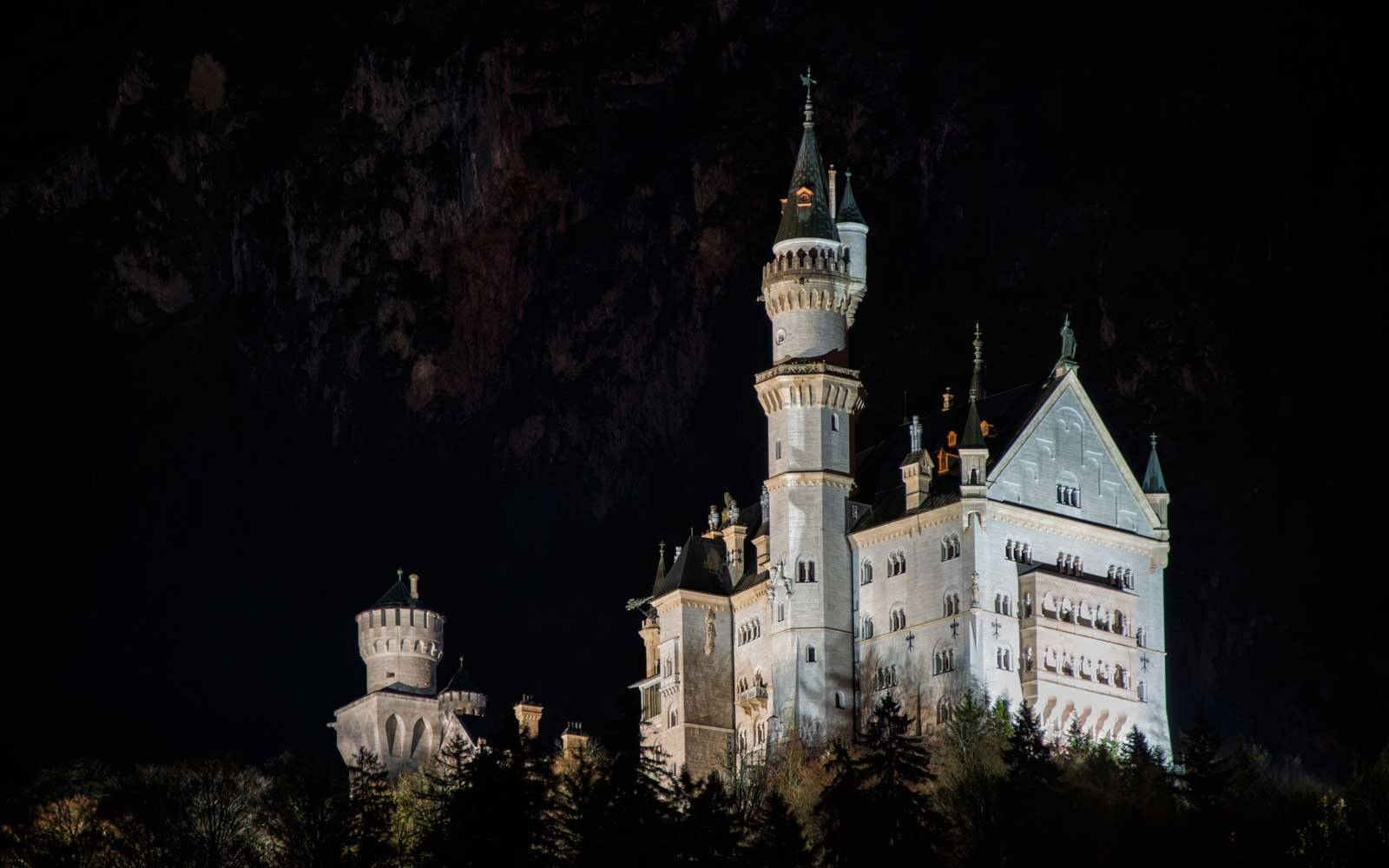 When to Visit Neuschwanstein Castle