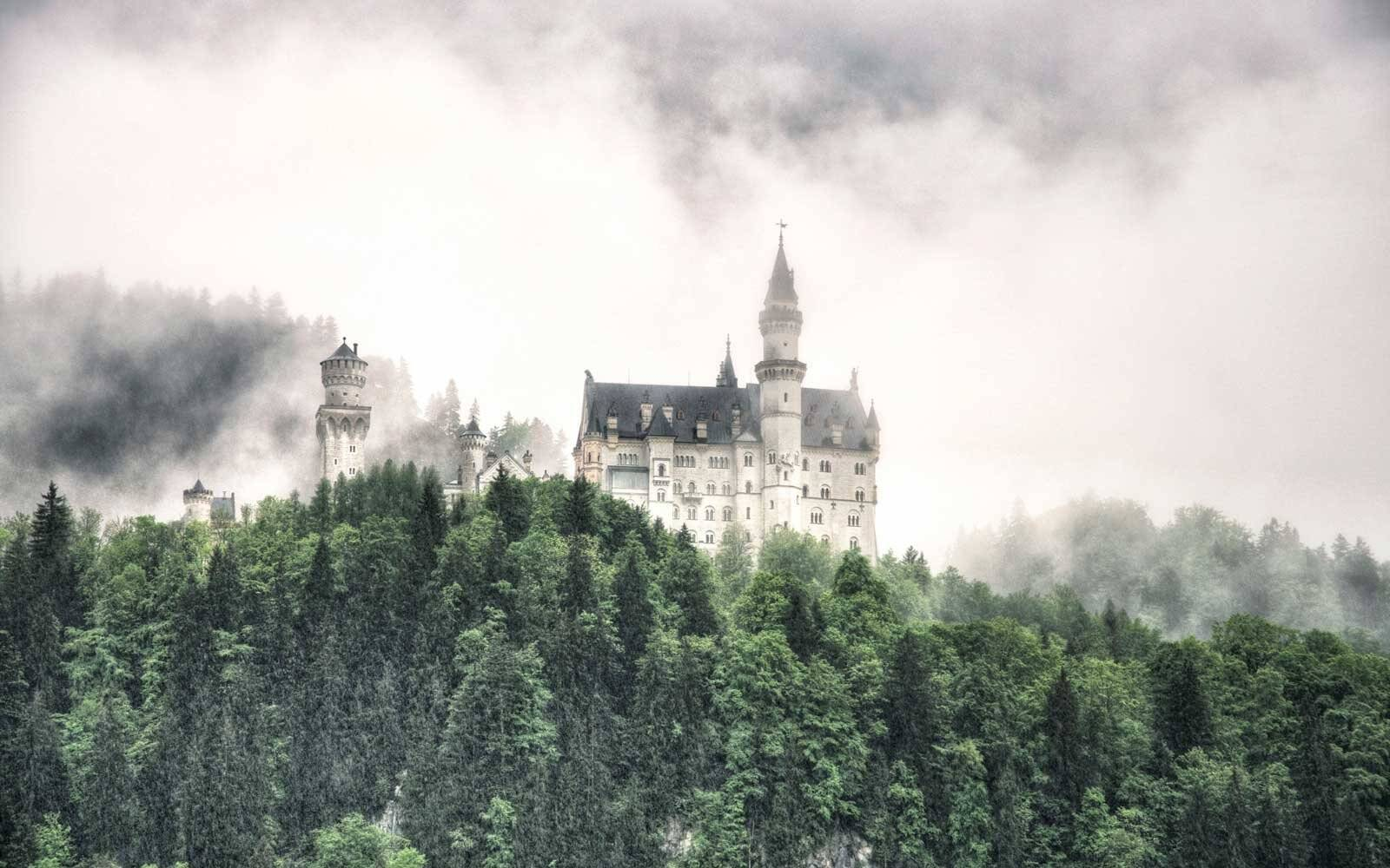 Visit Neuschwanstein Castle in Spring