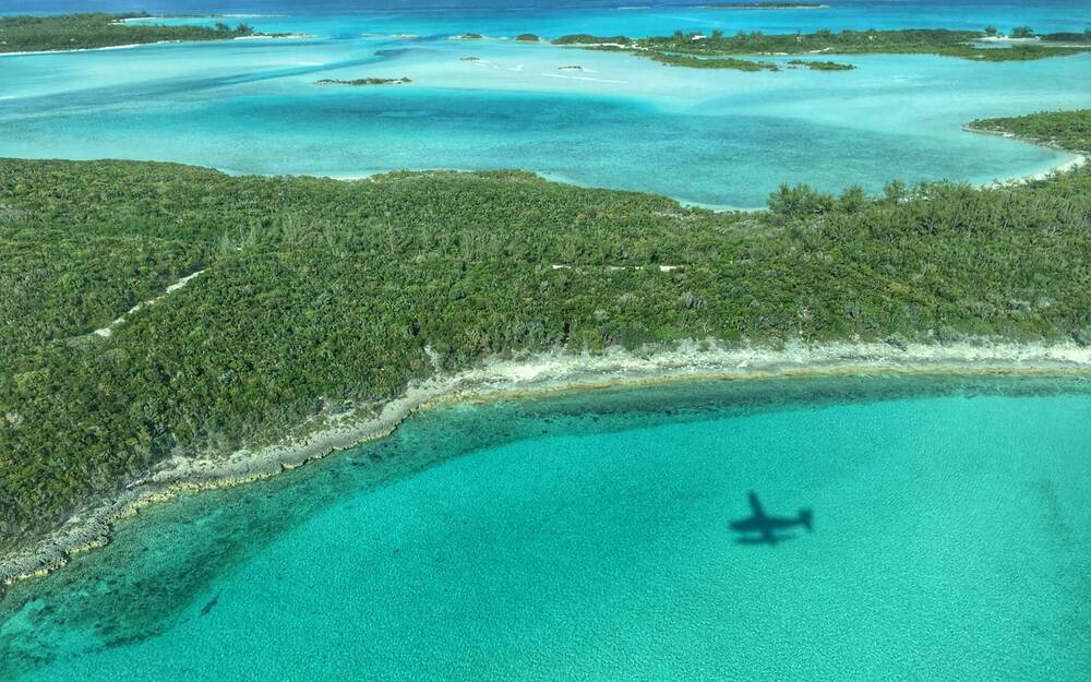 8 reasons to grab your swimsuit and head to the bahamas travel