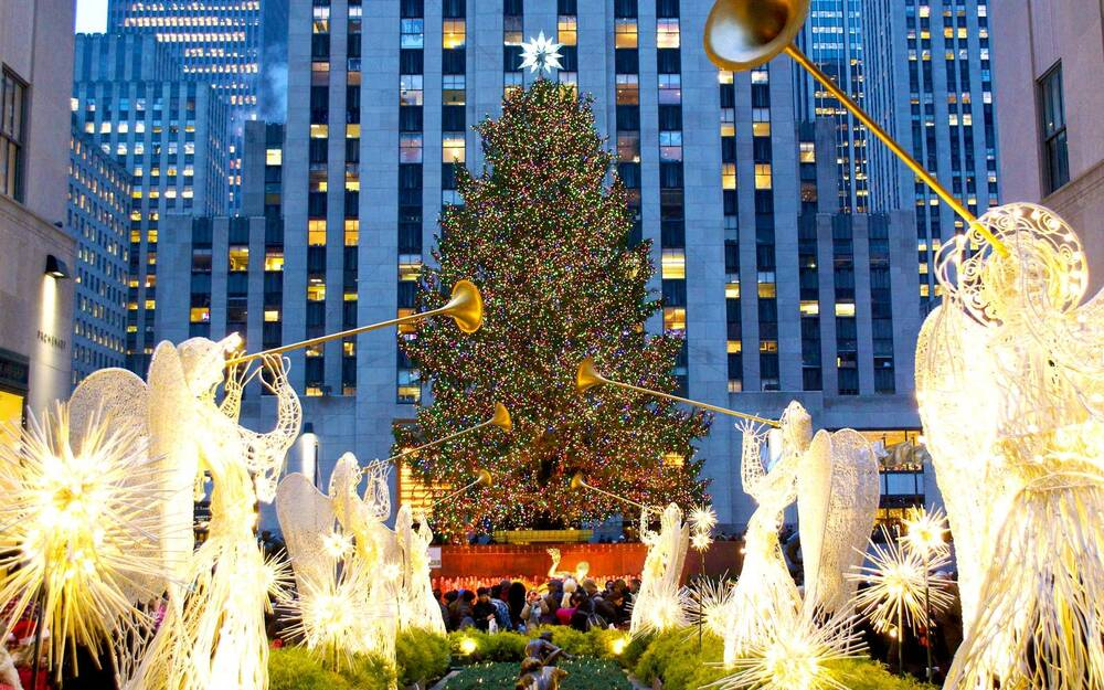 rockefeller christmas tree in new york