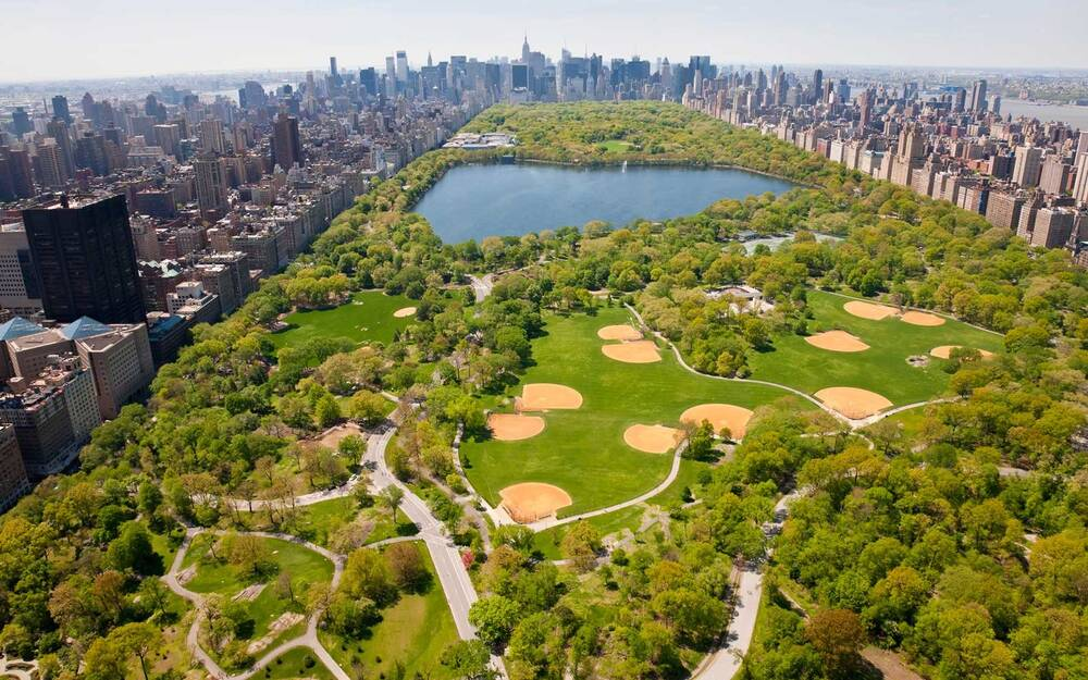 how to avoid getting lost in central park travel leisure