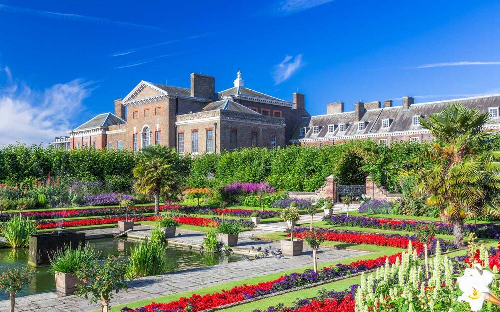 Royal Secrets From a Behind-the-scenes Tour of Kensington Palace ...