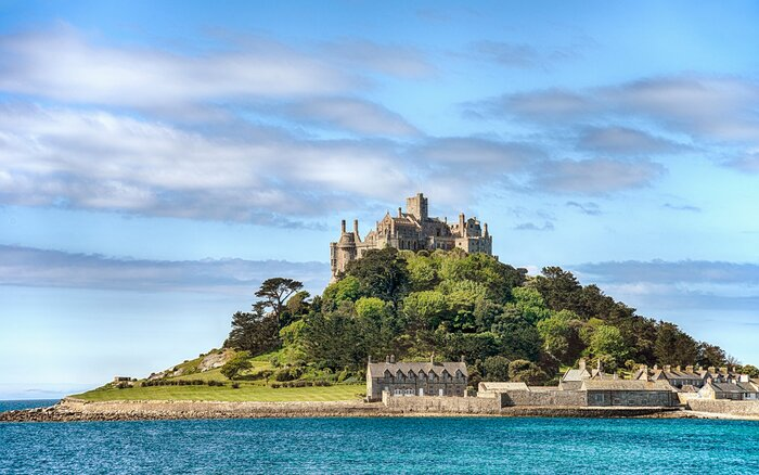 This Job Comes With A Free House On A Beautiful Island In Cornwall