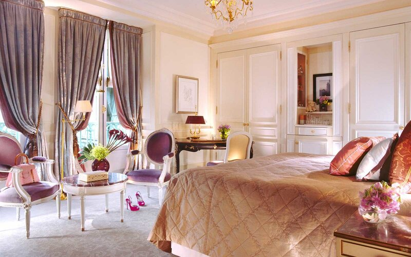 Bedroom at Le Meurice