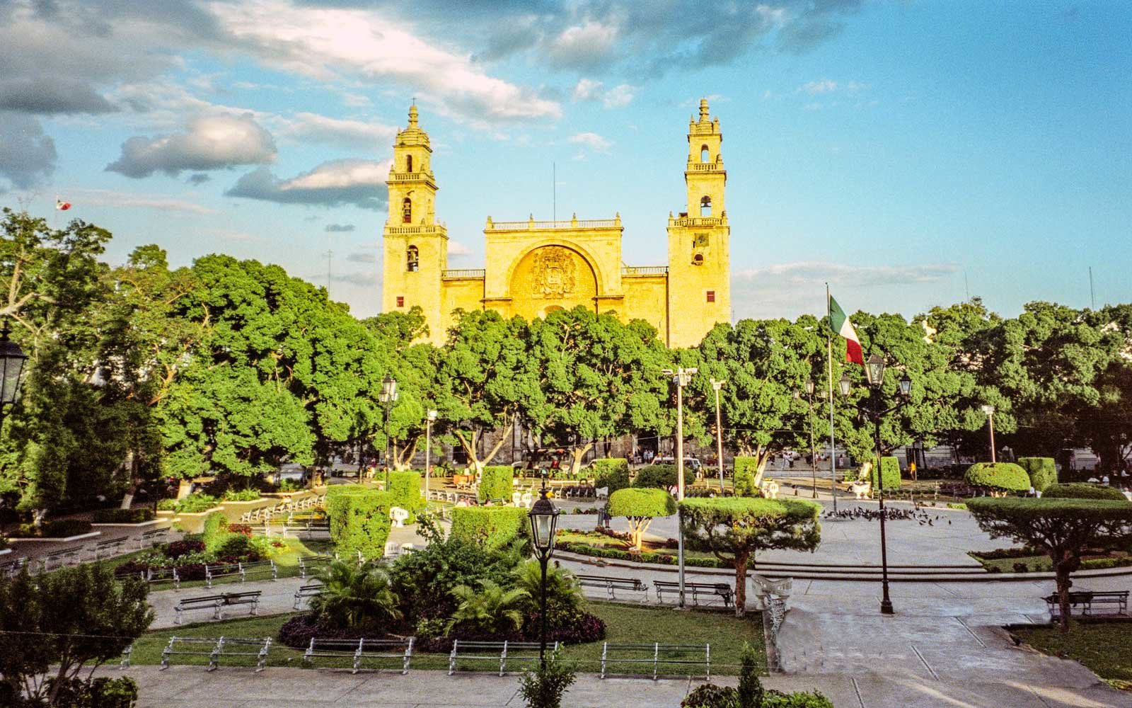 Mérida is the capital and largest city of the Mexican state of Yucatán as well as the largest city of the Yucatán Peninsula.