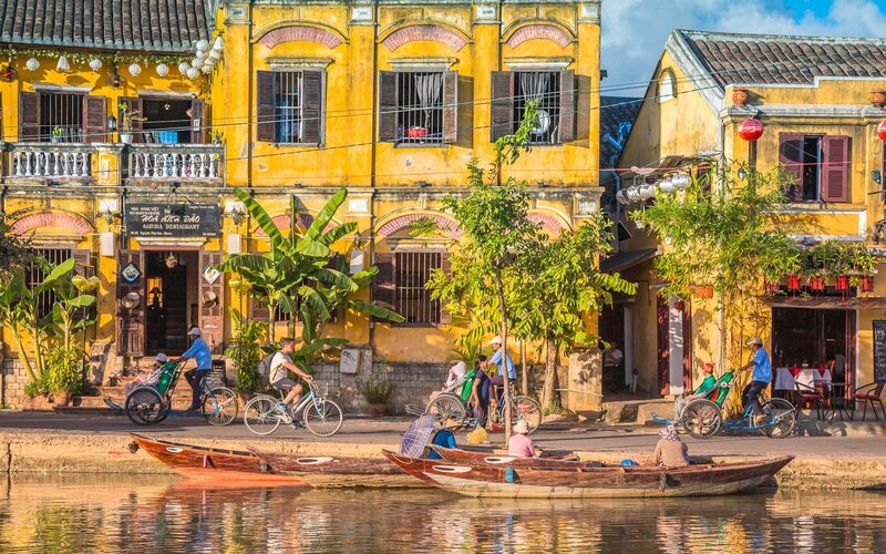 On the river that passes in this beautiful city of Hoi An