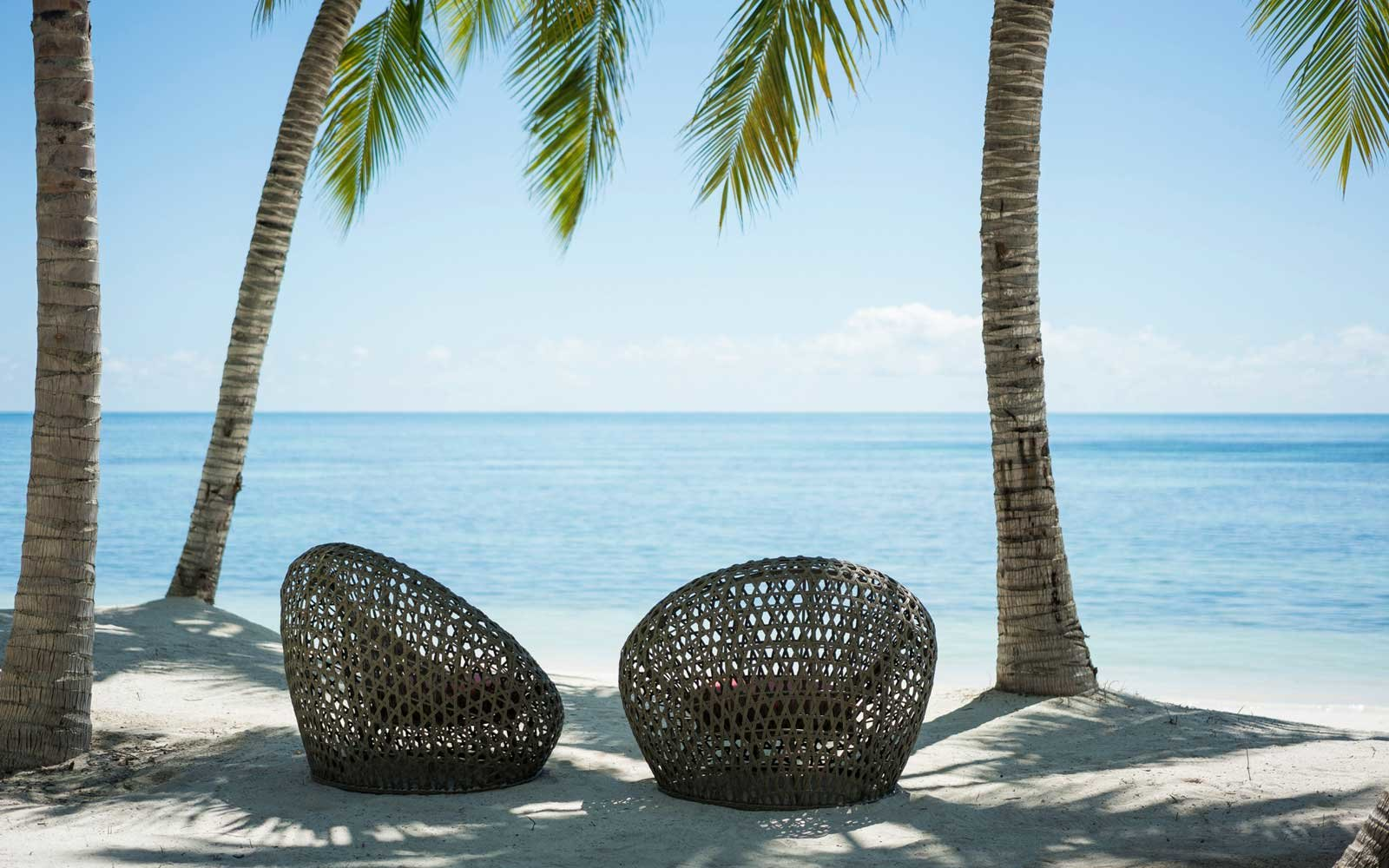 Four Seasons Desroches Island rester in the Seychelles