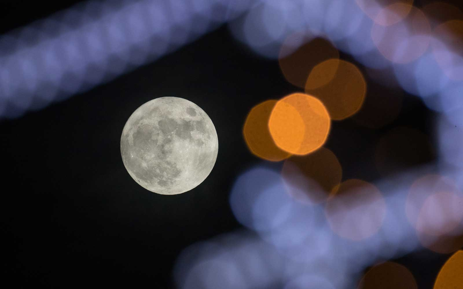 A Cold Supermoon Is Coming To Welcome The Winter Solstice And It