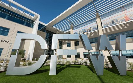 DFW Airport Map and Terminal Guide: Where to Eat, Park, and Stay ...