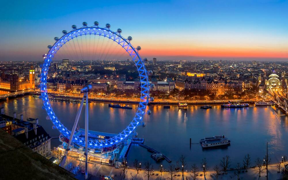 the coca cola london eye turns 15 travel leisure