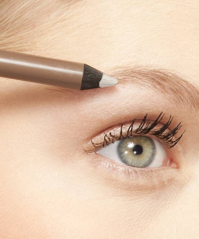 What Are Eyebrow Wax Sticks Find Out And Read Our Review Of The