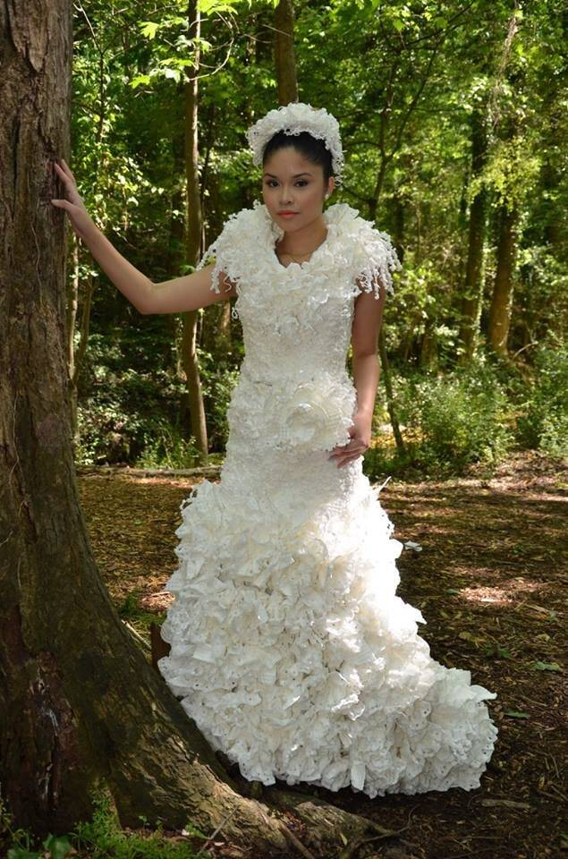 Toilet Paper Wedding Dress — Wedding Dress Made from Toilet Paper ...