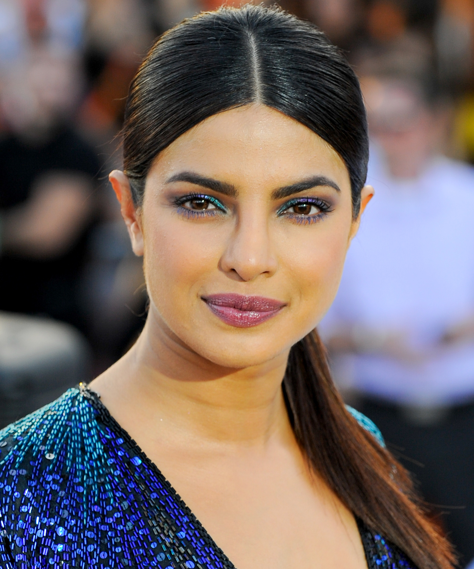 <p>Priyanka Chopra's Smooth Low Ponytail </p>