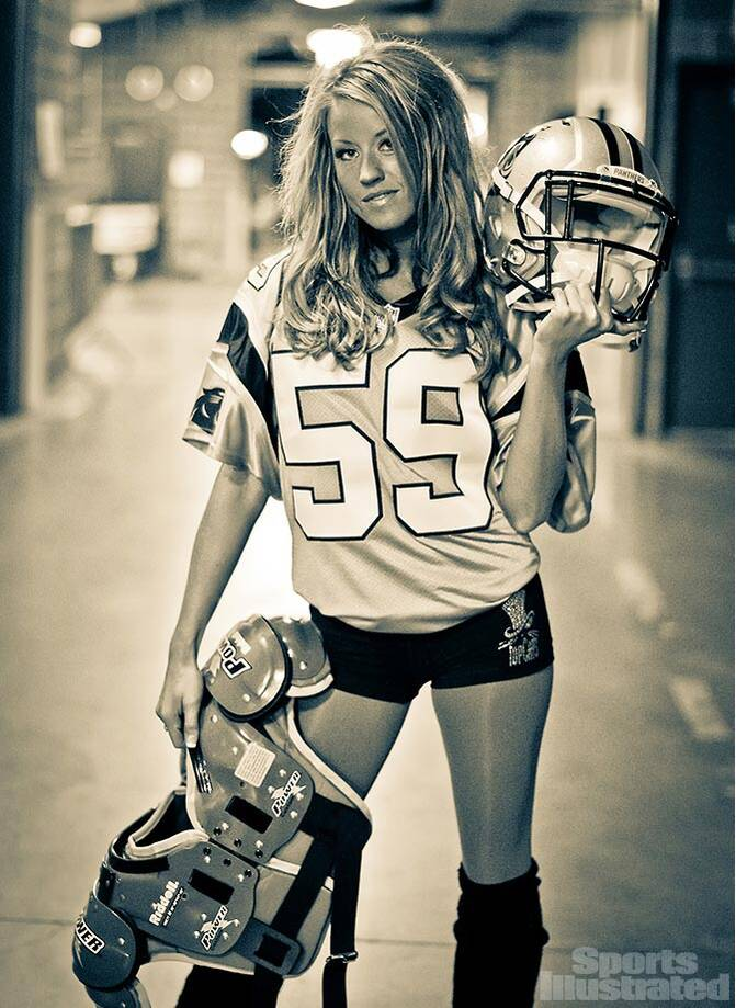 Meet Shannon of the Carolina Panther TopCats who used to be terrified of  spiders but now 1eb33aced