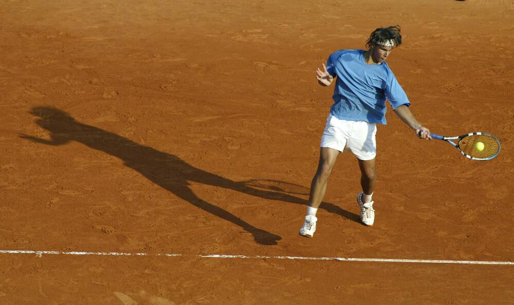 b2cdcd27 Here's 16-year-old Nadal, sporting his short-shorts and incredibly baggy