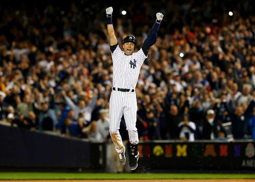83398dcc4 Derek Jeter capped his Yankee Stadium farewell with a game-winning single  in the bottom