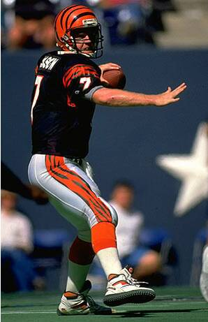 f5fc46fbc13 Arms comparison: How do '88 QBs stack up against '08 counterparts?