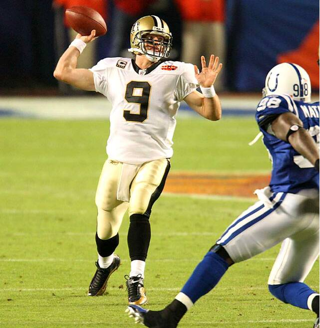Drew Brees completed just three of his first seven passes for 27 yards in  the first 67e582acb