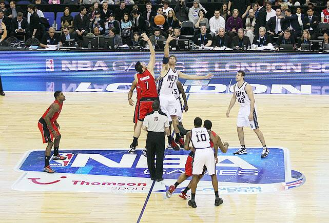 211e47fca On March 4 and 5 the Toronto Raptors and the New Jersey Nets played the  NBA s