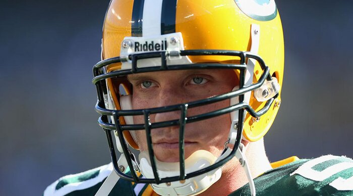 A.J. Hawk presides over Green Bay Packers athletic trainer\'s ...