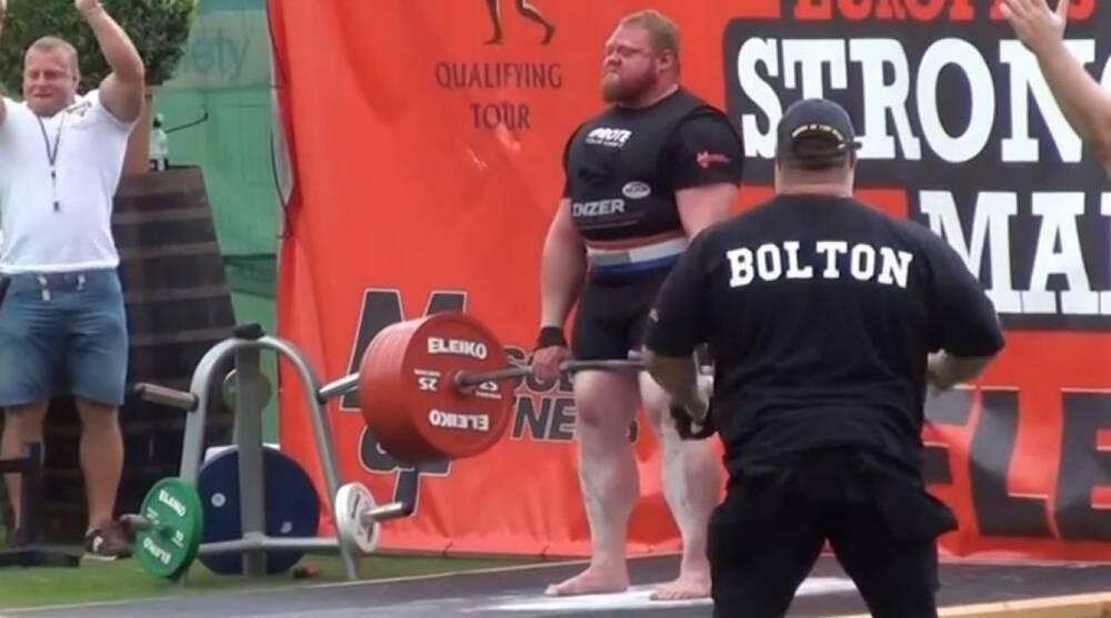 Benedikt Magnússon sets world records for deadlift and best