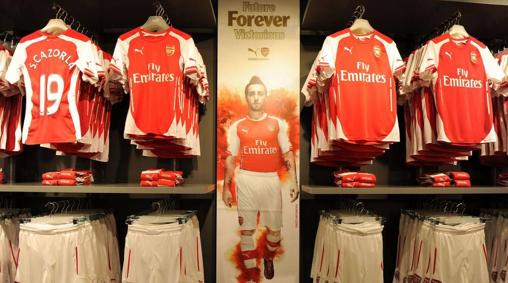 competitive price 01bcf 2ac50 Arsenal women's shirts sold old out: Team store sold entire ...