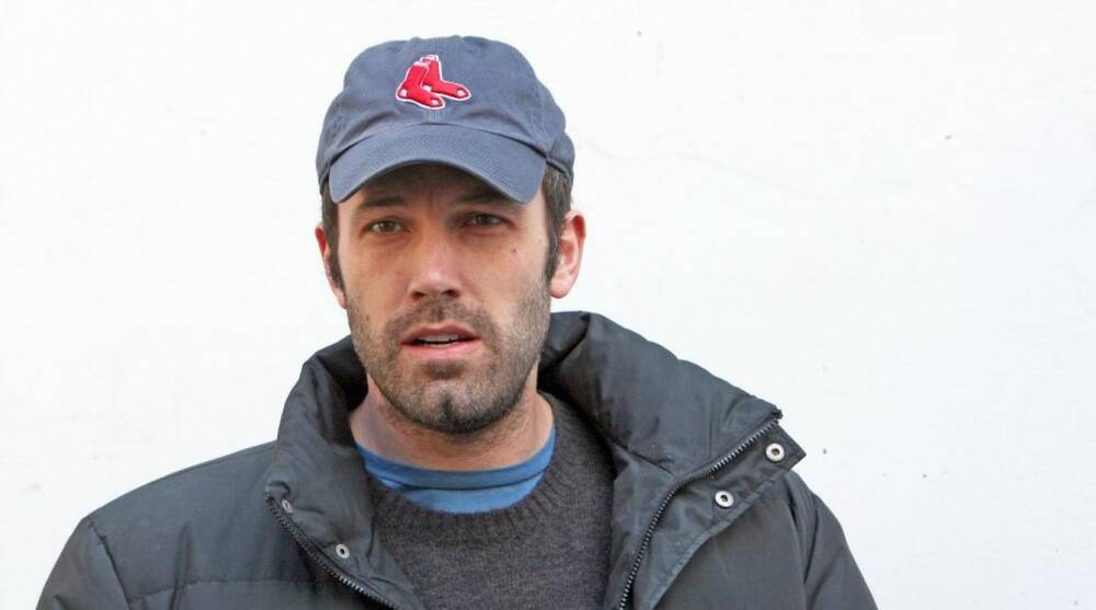 16bd515483cd7 Ben Affleck refused to wear a New York Yankees hat in Gone Girl